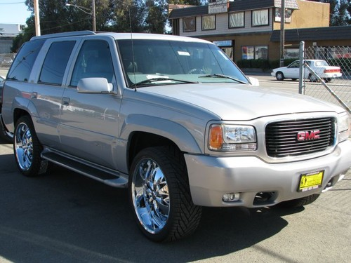 Fuel Economy Of The 2008 Gmc Yukon Denali 1500 Awd Autos